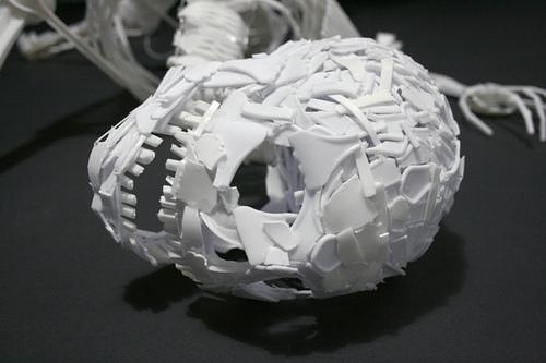 Esqueleto con tenedores