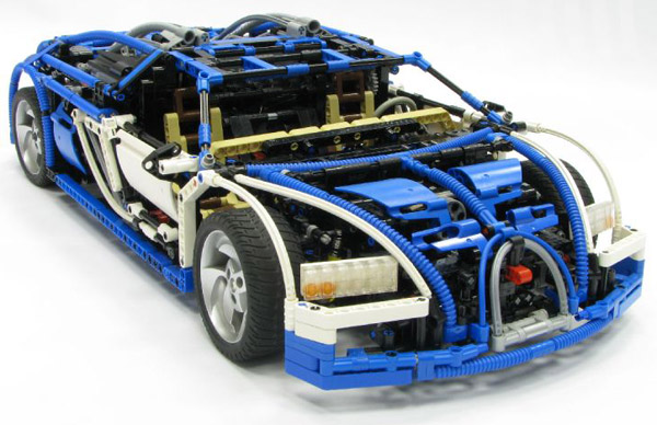 Bugatti Veyron in Lego