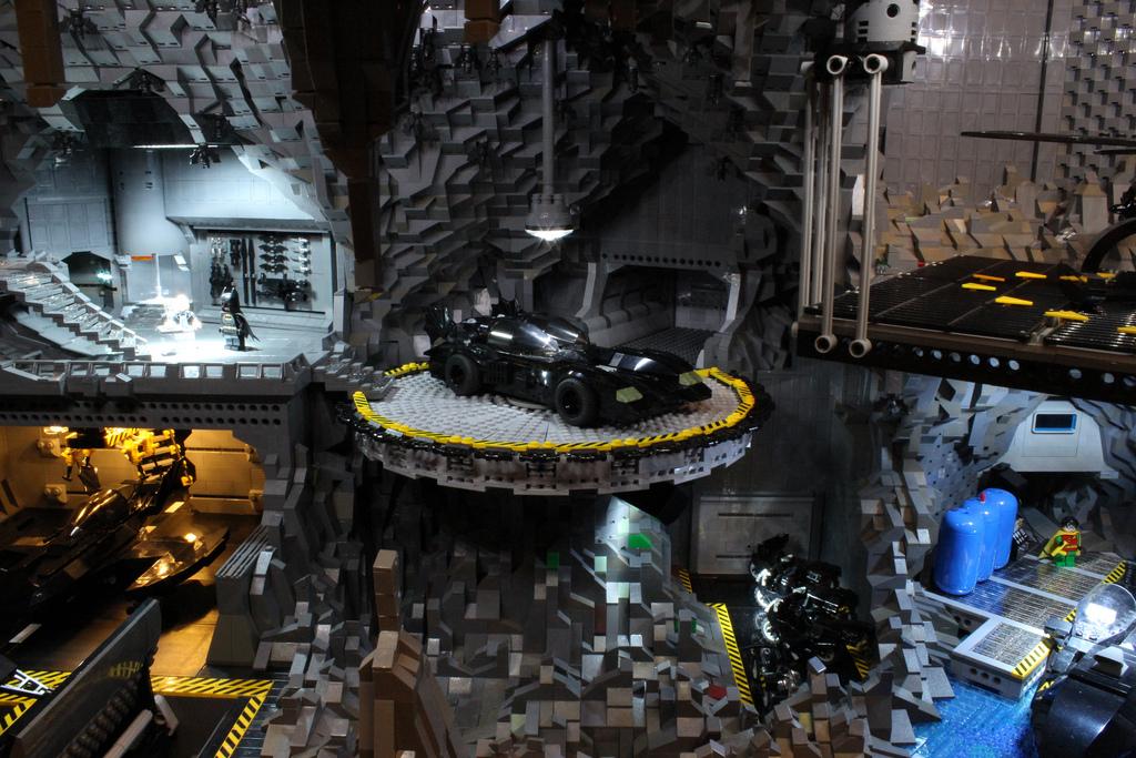 Baticueva hecha con LEGO