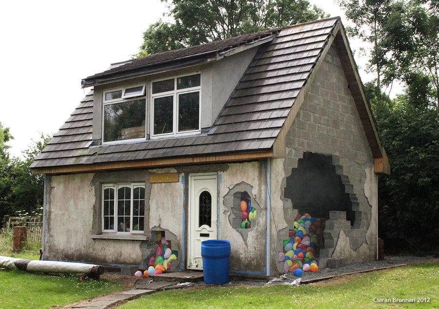 Casa pintada con ilusion optica