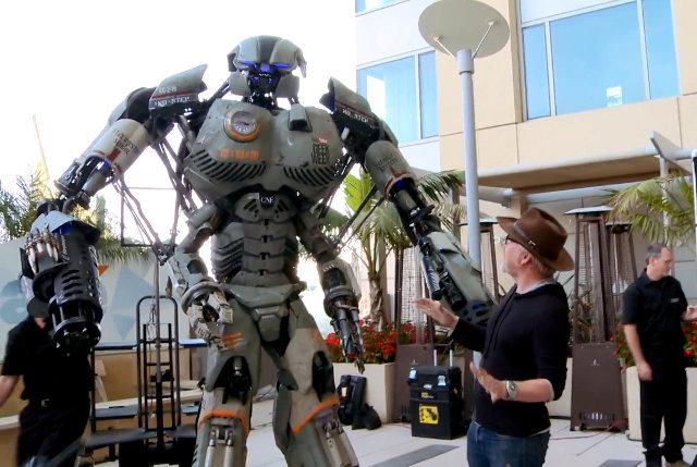giant-robot-comiccon