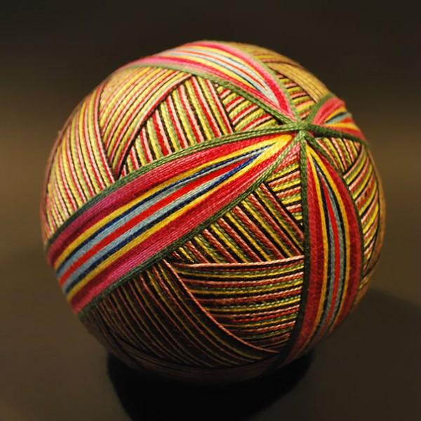 grandmother-embroidered-temari-balls-japan-11