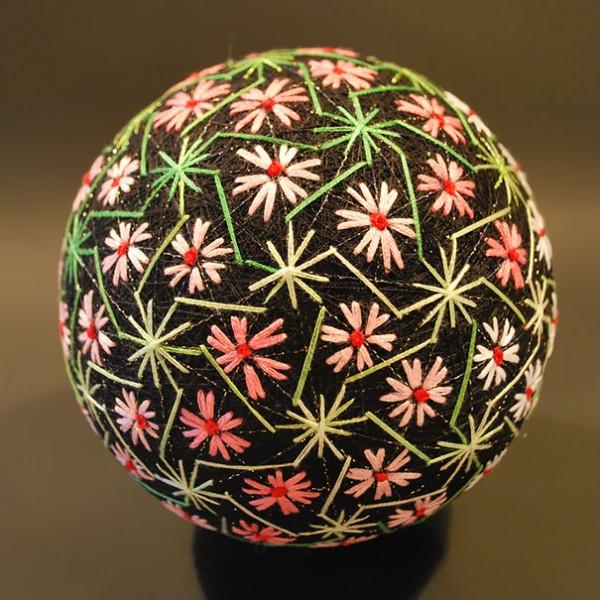 grandmother-embroidered-temari-balls-japan-19